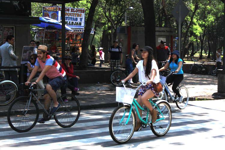 Algunos beneficios sicológicos de andar en bicicleta