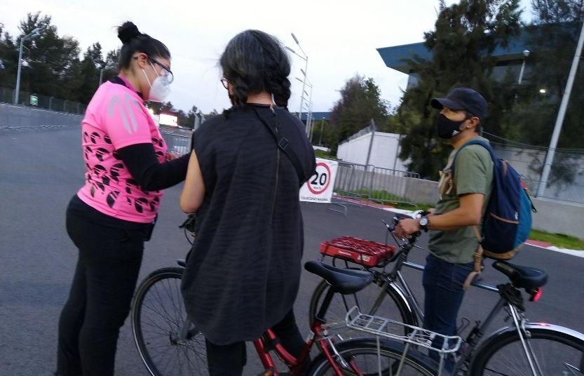 Escaneo de boleto para entrar al bicicinema