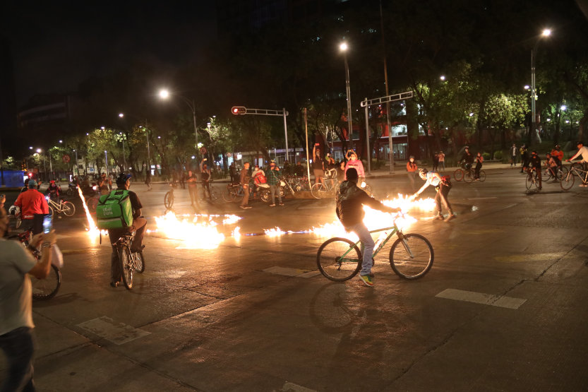 Ciclistas se manifestan en apoyo a Mario Trejo