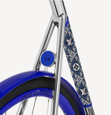 Detalle de la bicicleta Louis Vuitton