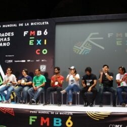 Organizadores del foro mundial de la bicicleta