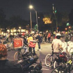 Los ciclistas violentos